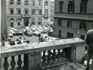 """<div>Sopralluoghi per il film</div> <div>Esterno - Portone e strada della casa di Marcello (Rampa Mignanelli, Roma)</div> <div><span style=""""font-size: 10pt;"""">Foto di Gianni Assenza</span></div>"""