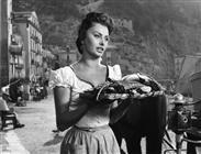 "<div>Sophia Loren</div> <div><span style=""font-size: 10pt;"">Foto di Giovan Battista Poletto</span></div>"