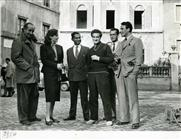 <div>Carla Del Poggio, Giuseppe De Santis e Basilio Franchina durante la lavorazione del film</div> <div>Foto Civirani</div>