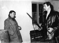 """<div>Giuseppe De Santis e Yves Montand durante la lavorazione del film</div> <div><span style=""""font-size: 10pt;"""">Foto di Giovan Battista Poletto</span></div>"""